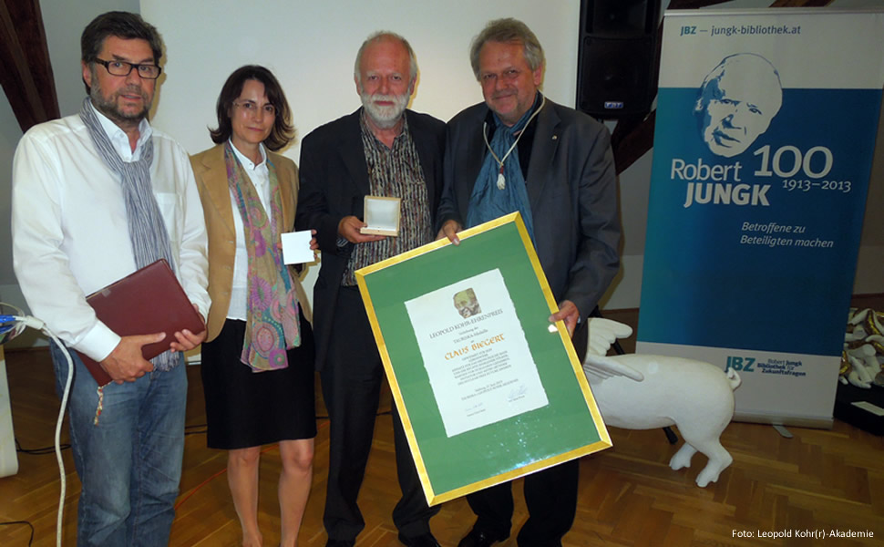 Leopold Kohr Ehrenpreis, Claus Biegert, Alfred Winter, Susanna Vötter-Dankl, Walter Müller, Salzburg, Tauriska Medaille, Urkunde